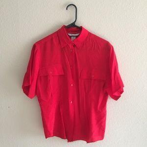✨80s vintage silk red short sleeve button down ✨